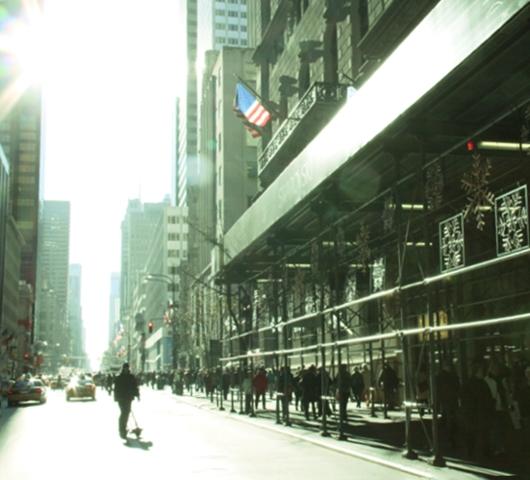 クリスマス前の5番街から街角風景_b0007805_057145.jpg