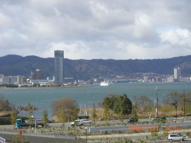すっかり冬の琵琶湖_e0150006_1864934.jpg