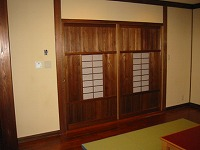 K温泉の住宅の家具・建具を作りました。_e0157606_1750348.jpg