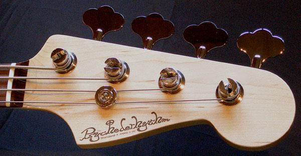 「三木楽器 アメリカ村店」用の「Modern JB #009」が完成。_e0053731_20304082.jpg