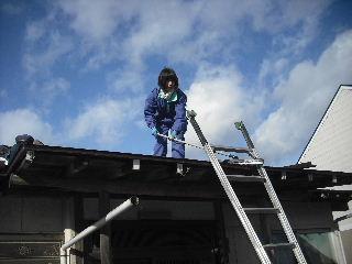 屋根改修工事_f0031037_2073368.jpg