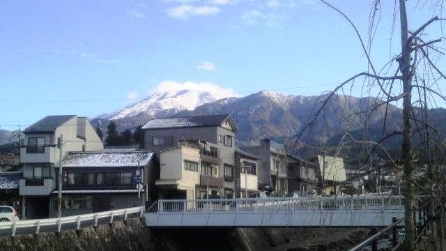 恵那山は雪化粧_f0151639_1725347.jpg