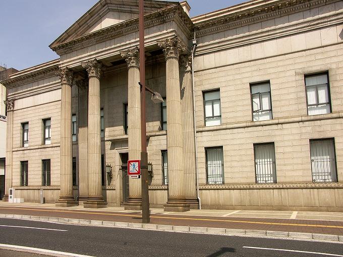 おかやま旧日銀ホール<ルネスホール>(旧日本銀行岡山支店)_f0116479_22371170.jpg