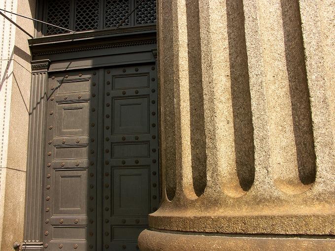 おかやま旧日銀ホール<ルネスホール>(旧日本銀行岡山支店)_f0116479_22421083.jpg