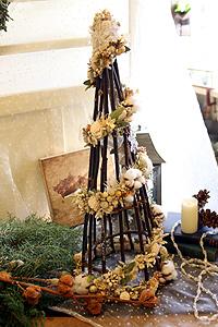 ホワイトのクリスマスツリー_c0114811_22504066.jpg