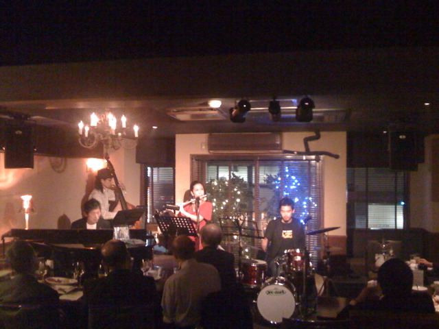 うちなーjazz night at all of me club_c0196050_14382942.jpg