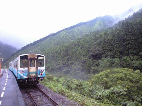 四国の鉄道 5_b0005281_11371418.jpg