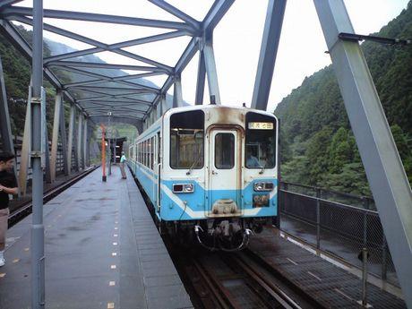 四国の鉄道 5_b0005281_11412717.jpg