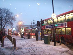 激寒ロンドンとユダヤ人家庭と防犯ベル_e0030586_10523051.jpg