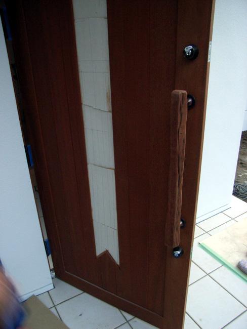 M邸新築工事の玄関ドア_b0186200_23593776.jpg