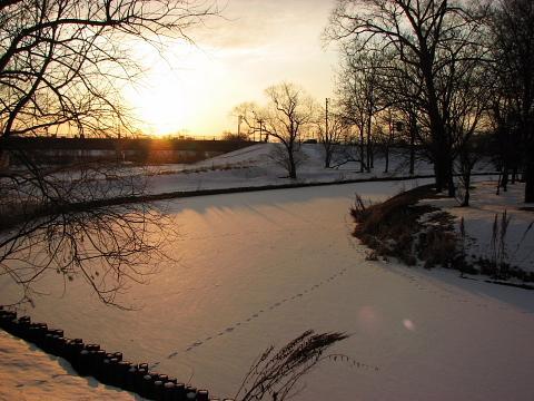 2009年12月23日(水):明日からしばらく休館します_e0062415_16552551.jpg