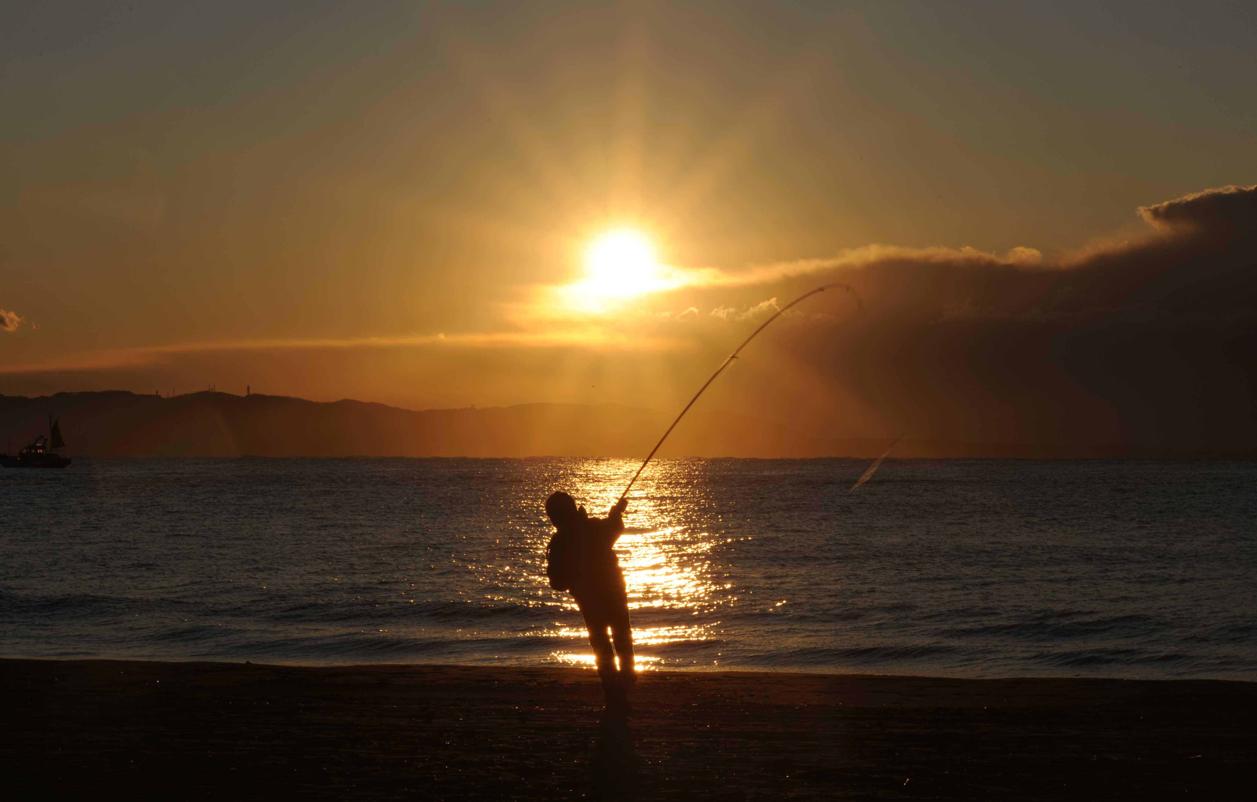 太陽さん釣り_e0157647_4323856.jpg