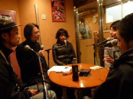 2009-12-23 Interview with quasimode_e0021965_10193797.jpg