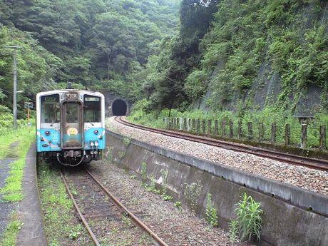 四国の鉄道 6_b0005281_2353548.jpg