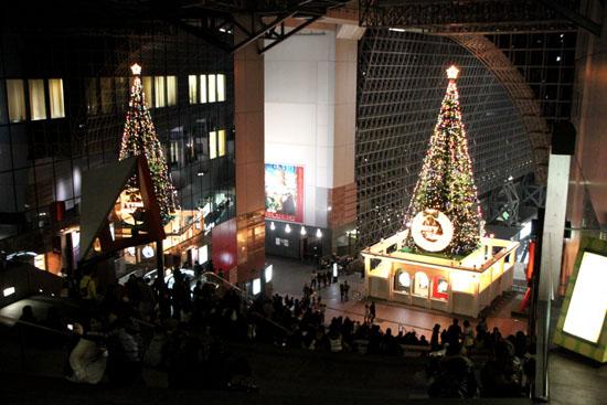 クリスマスイブ 京都駅_e0048413_21543098.jpg