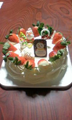暫くぶりのクリスマスケーキです。_d0026905_21141688.jpg