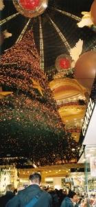 第2弾!花の都パリのクリスマス・イルミネーションはサスガに凄い!_a0154912_13143086.jpg
