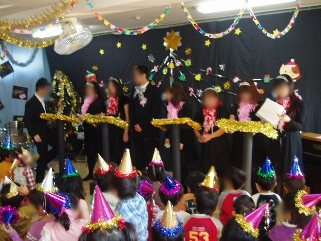 クリスマスお楽しみ会_e0148419_1620276.jpg