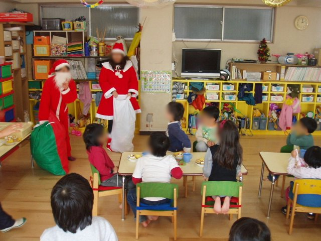 クリスマスお楽しみ会_e0148419_16341690.jpg