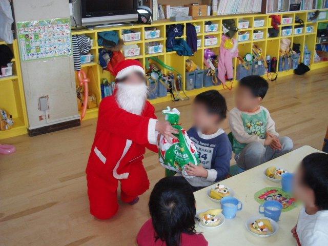 クリスマスお楽しみ会_e0148419_16343752.jpg