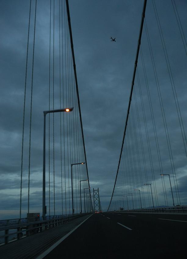 明石海峡大橋、たそがれ_c0171945_22242252.jpg