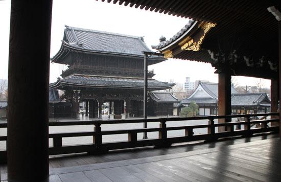 東本願寺_e0048413_1841153.jpg