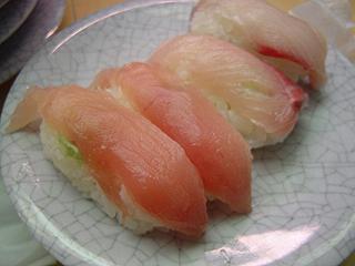 廻る天下寿司 渋谷東口店_c0025217_0323113.jpg