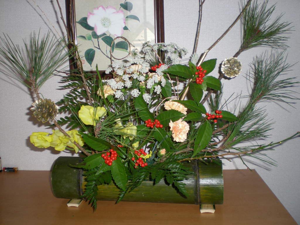 12月26日(土)お正月用の花活け!_f0060461_16211727.jpg