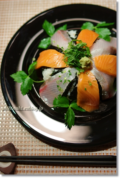 鮭とぶりの海鮮丼_f0179404_19514949.jpg