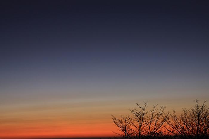 夜明け_e0180823_171977.jpg