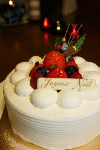 今年のクリスマスケーキ_b0168840_9402491.jpg