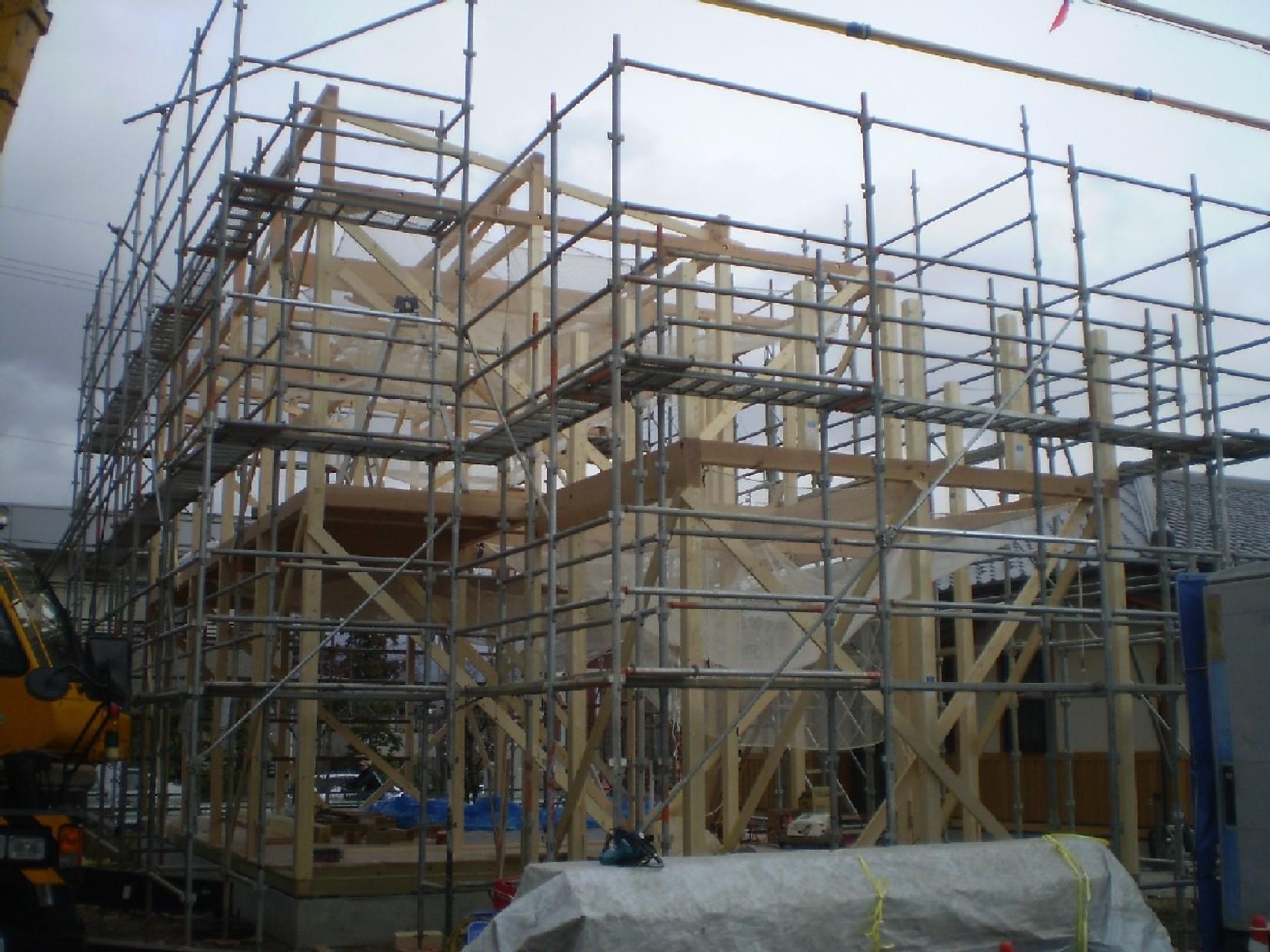 建て方_e0180332_19465432.jpg