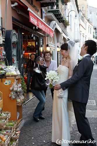 カプリ島の結婚式 〜ドラジェを投げろっ!〜_c0024345_17375045.jpg