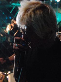 12月29日(火) [ GOOD-BYE 2009 / 第一夜 ]_f0004730_16323725.jpg