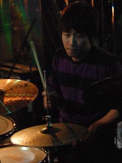 12月29日(火) [ GOOD-BYE 2009 / 第一夜 ]_f0004730_16333125.jpg