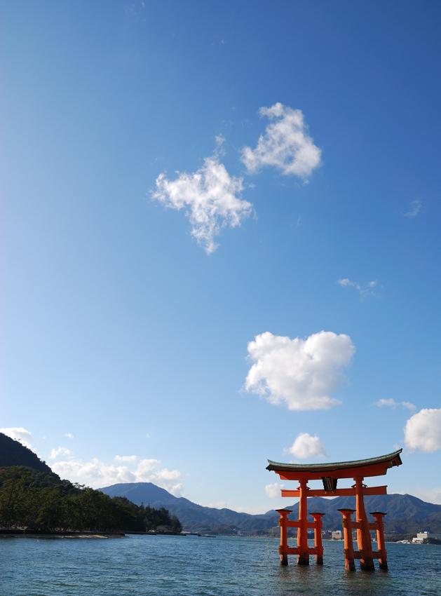 晩秋の厳島神社_c0171945_0353773.jpg