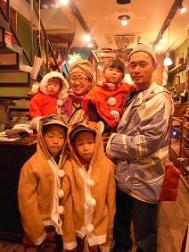 クリスマス、川上さん一家がやってきました。_a0077752_1594968.jpg