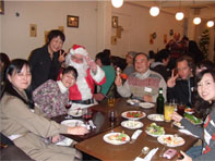 Lots of fun for the CHRISTMAS PARTY!!_c0215031_3271377.jpg