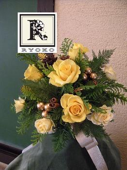 「少し特別なフラワーアレンジ」 Christmas Bouquet_c0128489_20313566.jpg