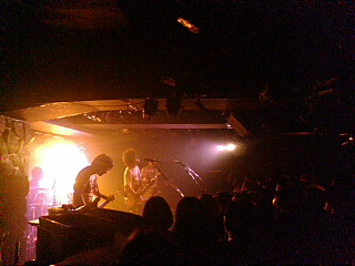 DELICIOUS BUMP SHOW!! @ Zher the ZOO YOYOGI 09.12.31-2_d0131511_14524331.jpg