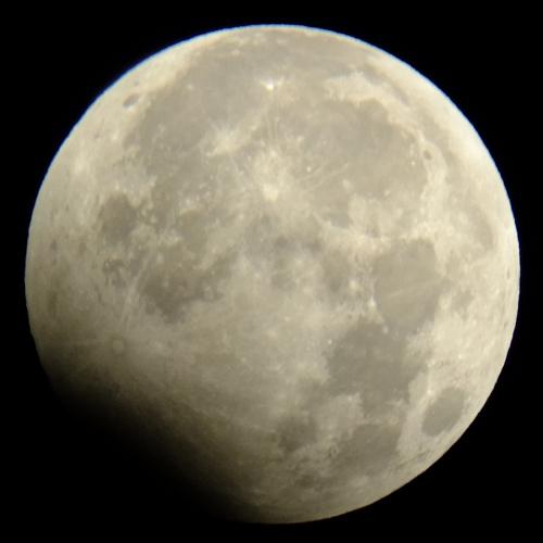 2010年1月1日の月食_e0089232_1523313.jpg