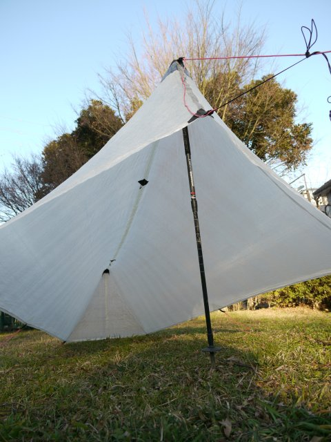 "MLD Patrol Shelter & \""e\"" Hook Titanium Stake_e0024555_17394667.jpg"