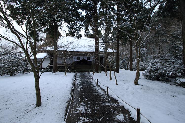 雪の三千院_e0051888_17155923.jpg
