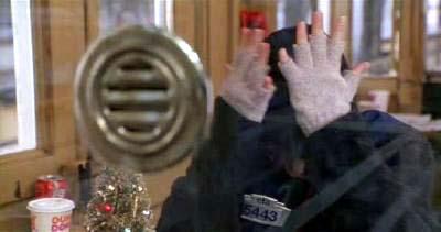 正月映画 Let It Snow! by the Glenn Miller Orchestra (『あなたが寝ている間に』より その1)_f0147840_23551577.jpg
