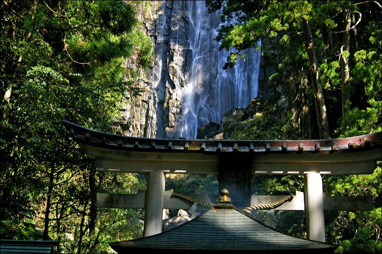 熊野三山 ── 那智御瀧 ~ 飛瀧神社_c0073742_1384372.jpg