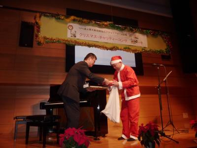 12月17日 ヤンジンさんクリスマスコンサート_e0007558_10491112.jpg