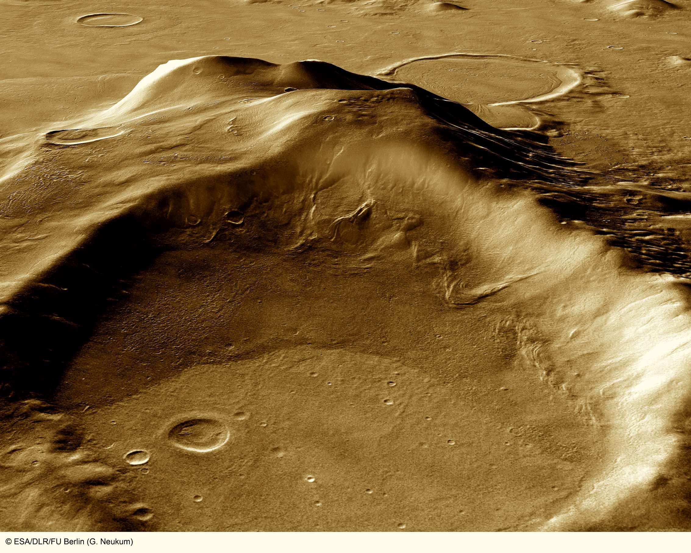 火星の遺跡:アワーグラス(砂時計)クレーター、サクラホッセ_e0171614_10235587.jpg