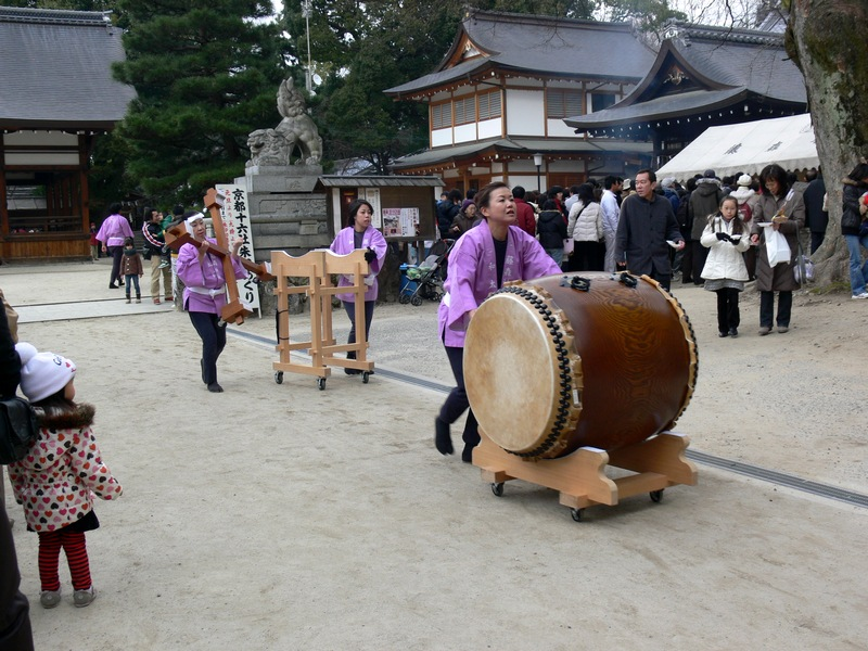 「2010・京都・藤森神社・初詣の風景」_d0133024_12325015.jpg