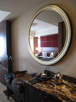 シャングリラホテル東京 DXベイビュー ミニバー_a0055835_17265639.jpg