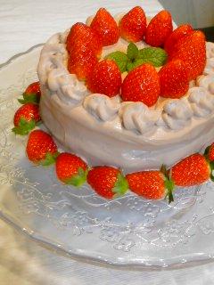 生チョコのいちごケーキと・・・純正コラーゲン七草がゆ。_f0177295_045424.jpg